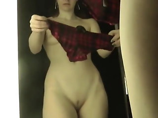 amateur hidden camera brunette